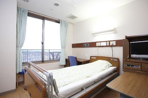 病院側の事情の場合、差額ベッド...